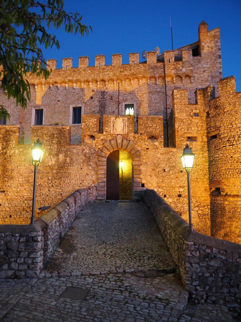 zamok Castello Orsini