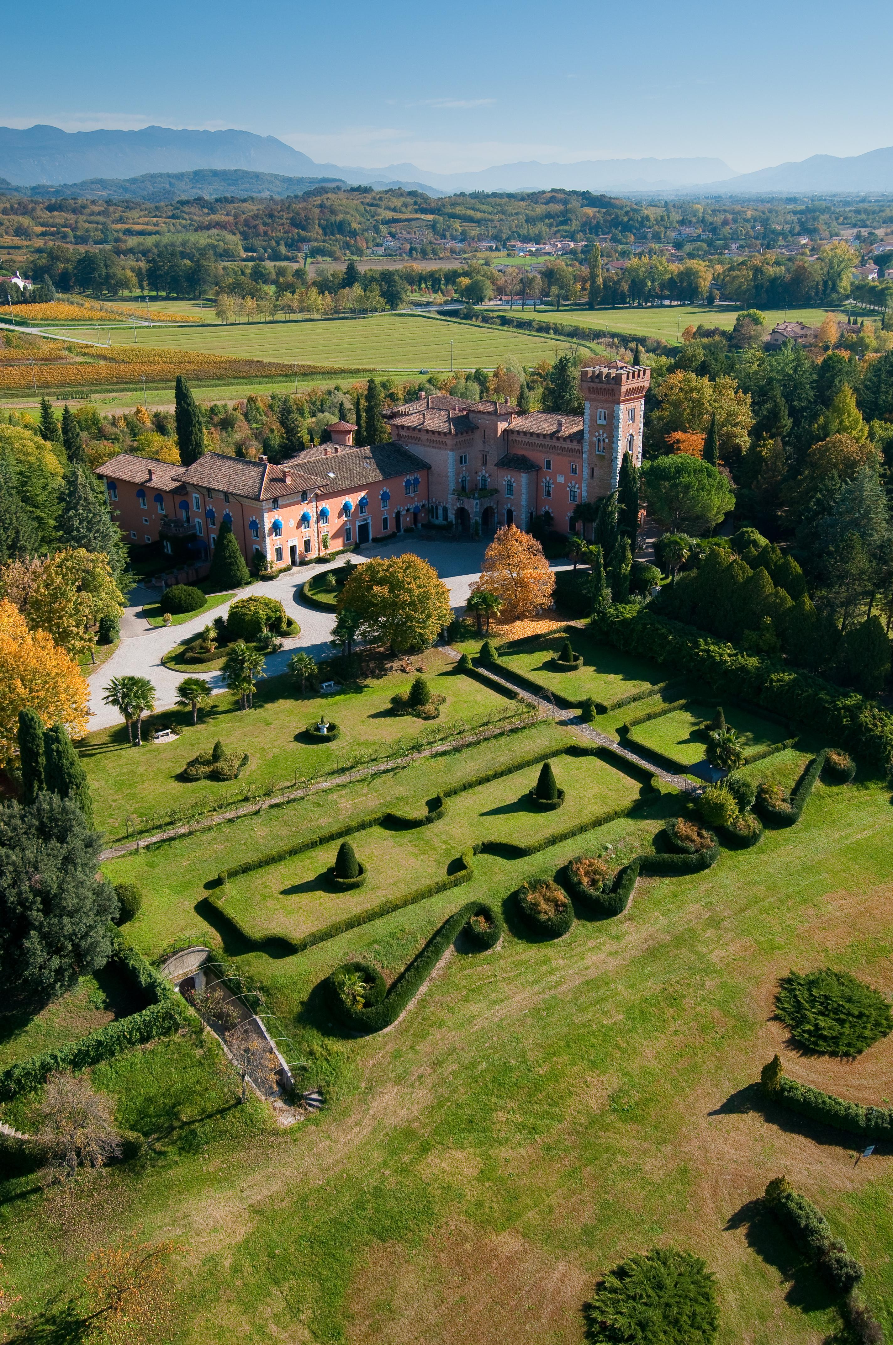 zamok Castello di Spessa